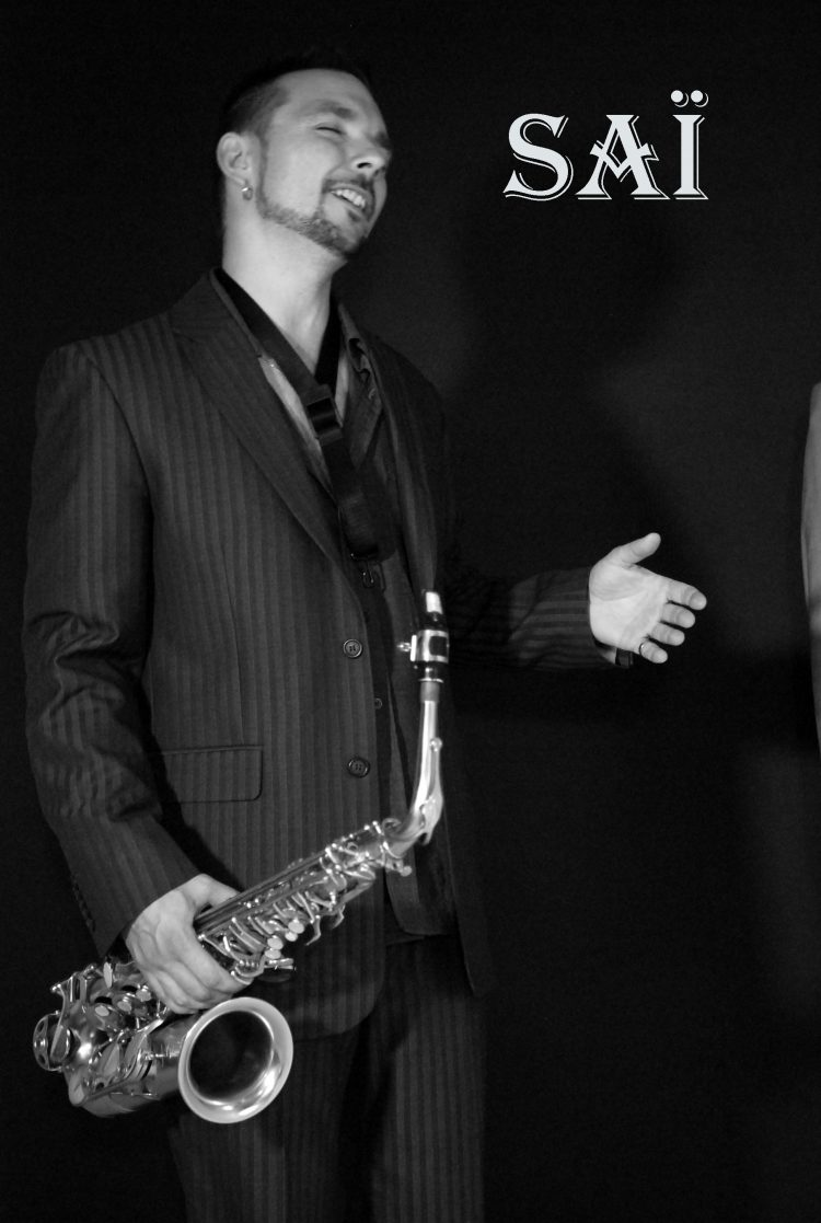Chant guitare et saxophone